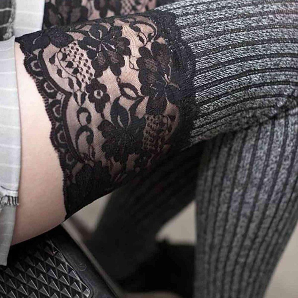 Merry See Parfümlü Dantelli Örgü Diz Üstü Jartiyer Çorap Çok Renkli